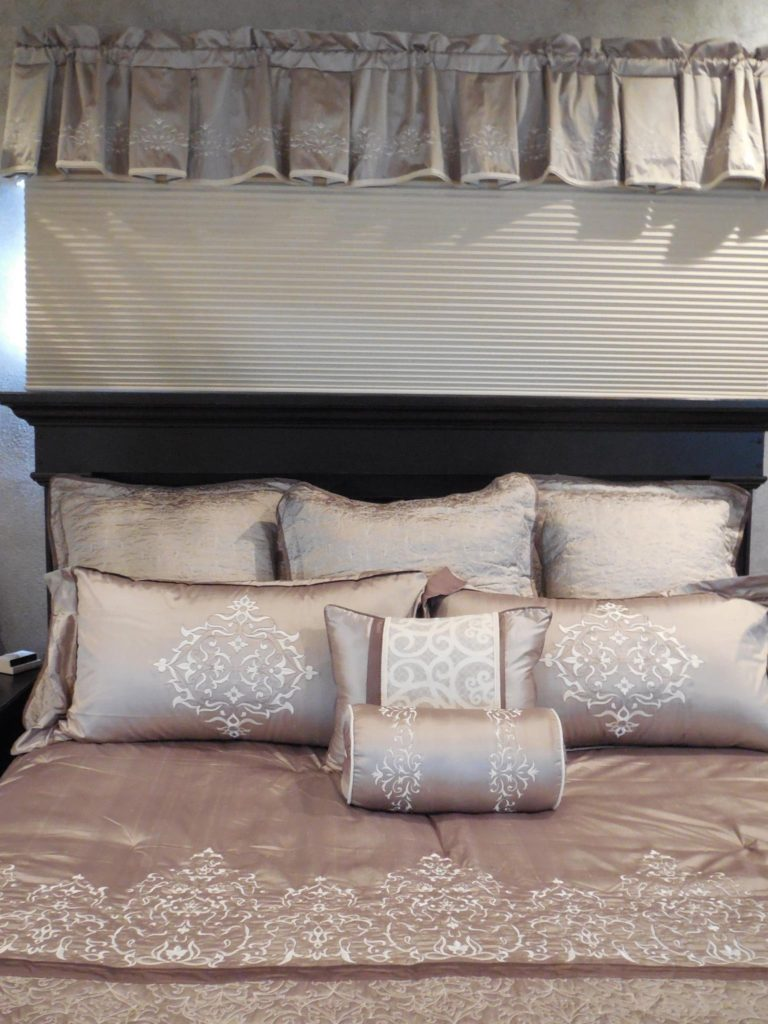 master-bed-deluxe-3